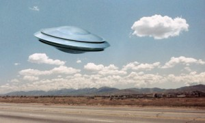 Les soucoupes volantes, un mythe moderne dans le ciel dans Carl Jung et les soucoupes volantes flying-saucer-007-300x180
