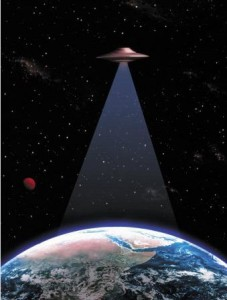 ufo-over-earth-227x300 dans Les extraterrestres sont-ils dangereux ?